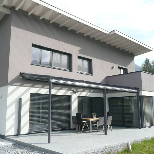Baujahr: 2011 Ausführung: Terrassenüberdachung