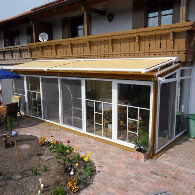 Baujahr: 2009 Ausführung: Holz-Kunststoff